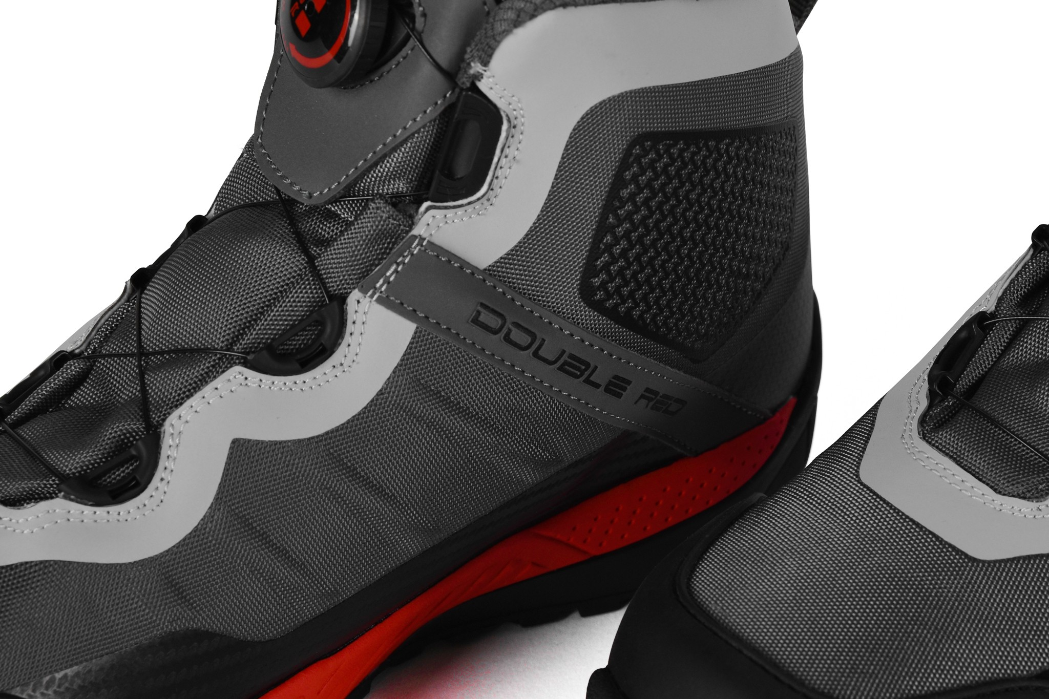 Boots WIRE Carbon Edition Grey
