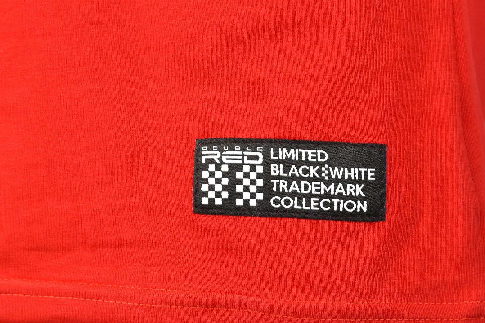 T-Shirt TRADEMARK B&W Edition Red