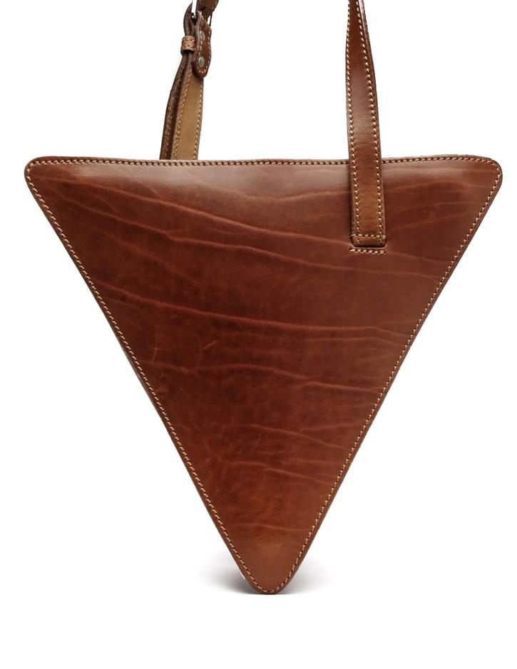 Kožená taška cez plece